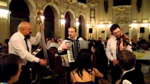Ľudová hudba Romana Barabasa